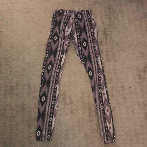 Brand new patterned leggings